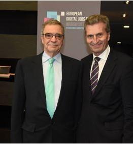 César Alierta, presidente de Telefónica, y Günther Oettinger, Comisario de Economía y Sociedad Digital